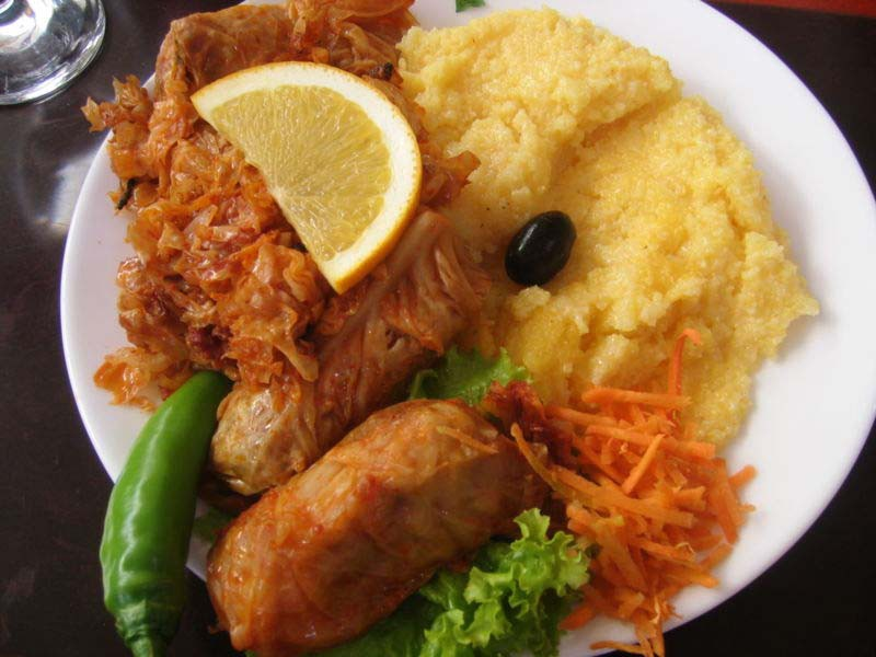 Food To Eat In Moldova